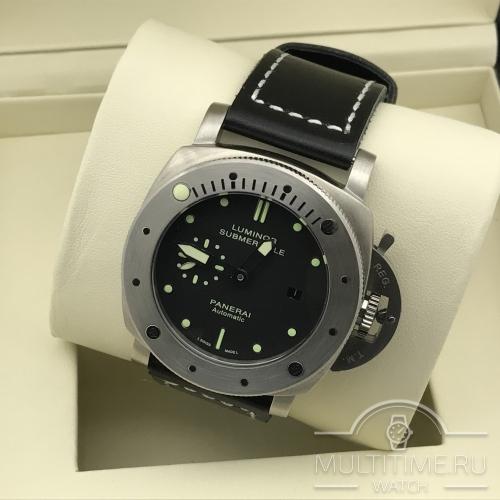 Часы PANERAI Luminor submersible